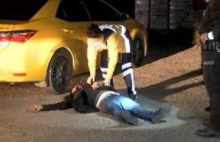 Ataşehir'de taksi durağına kılıçlı saldırı