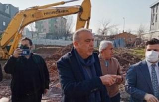 Battal İlgezdi Ferhatpaşada kaçak yapılar yıkılacak