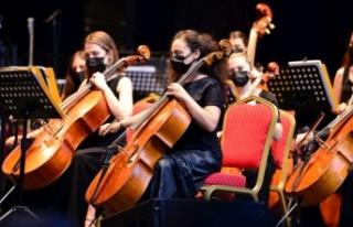 İstanbul'da Senfonik Yaz Konserleri Başladı...