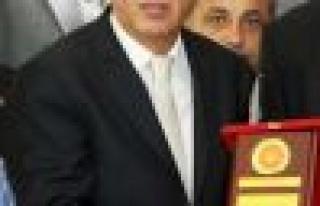 Muhtarlardan Başkan Battal İlgezdi'ye teşekkür...