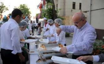 Beykoz'a Komşunu'da Al Gel İftara