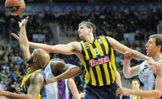 Fenerbahçe Ülker 78 - 63 Unicaja Malaga'yı Yendi