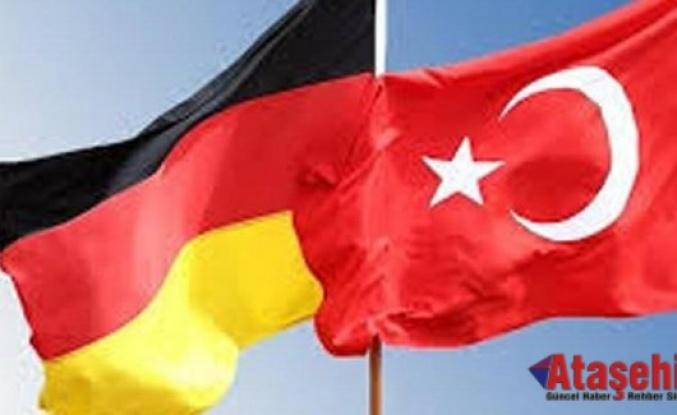 Almanya, Türkiye seyahatlerine yeşil ışık yakacak mı?